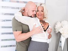 Milf Amelia enjoyed the hard fuck by a young stud